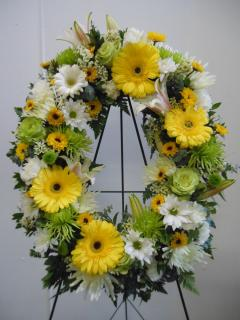 Sunshine Oval Wreath