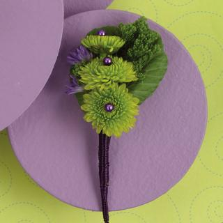 Simple Green Button Boutonniere